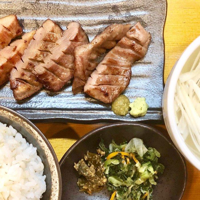 牛たん定食(3枚6切り)(牛たん炭火焼 仁 盛岡分店)