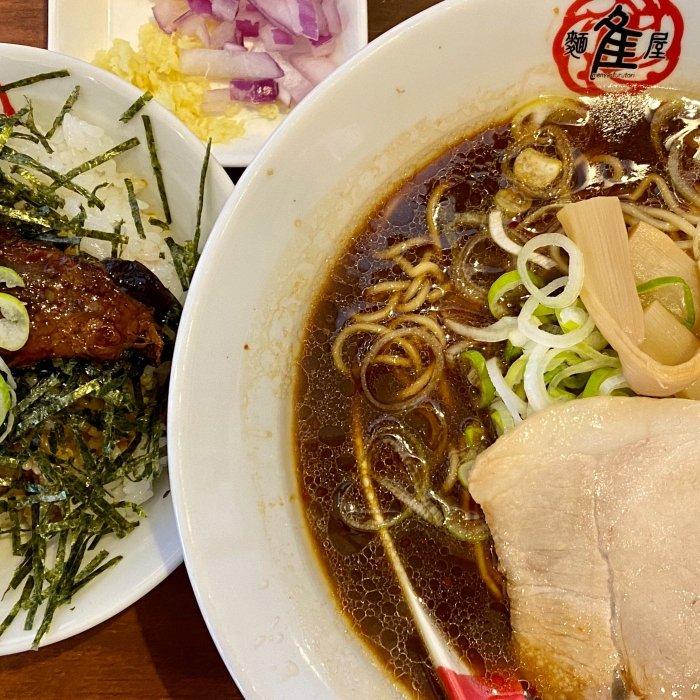 漿醤(しょうゆ)ラーメンとバラ軟骨チャーシュー丼(ふるとり)