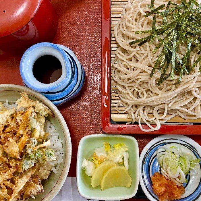 ミニかき揚丼ザル(天一坊)